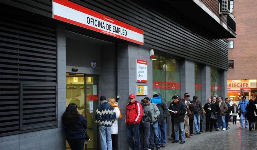 Los parados de larga duración pueden solicitar una ayuda de 426 euros al mes