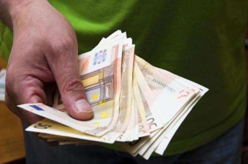 A partir del 1 de enero, los autónomos no podrán hacer pagos de más de 1000 euros en efectivo