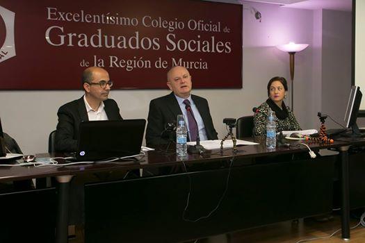 Jornada sobre Novedades Fiscales para 2017 del CGS de Murcia