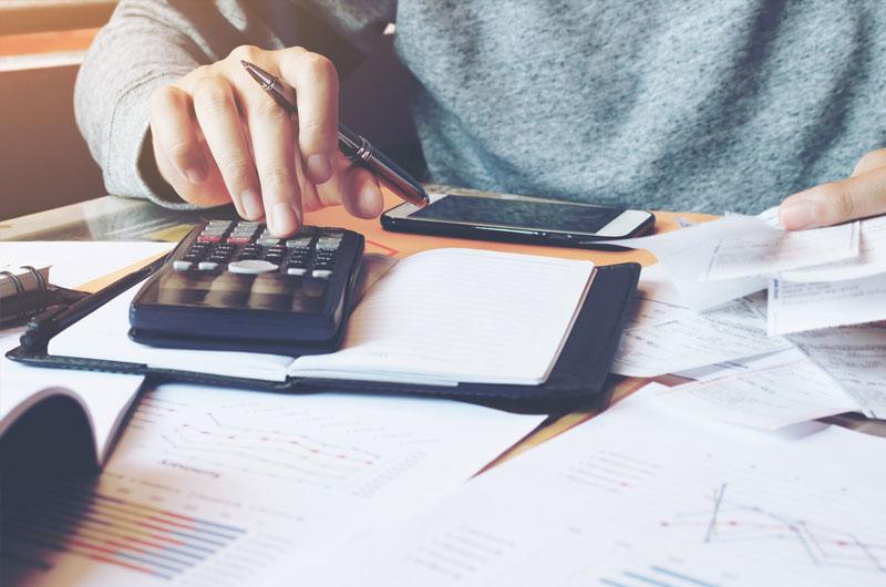 Los empresarios pagarán menos por un autónomo que por un asalariado