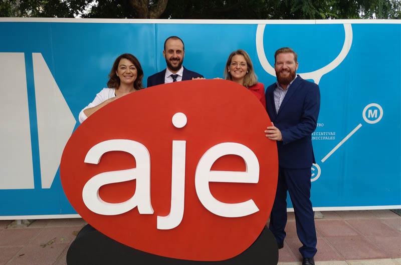 """""""Murcia Empresa"""", una iniciativa para ayudar a jóvenes a poner en marcha su negocio"""